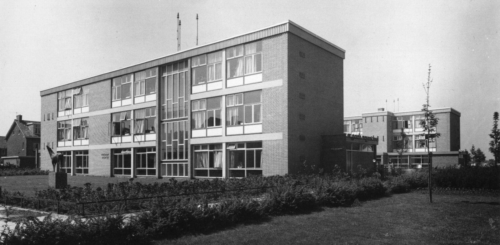 Montesorischool 1957 (HUA 45102)